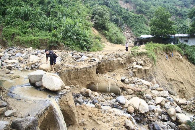 Không thể tìm kiếm những người mất tích tại Phước Sơn bằng thủ công - ảnh 8