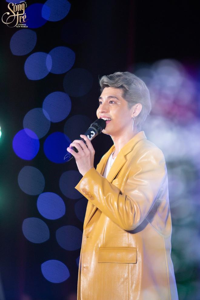 Trường Báo chào tân sinh viên: Nhạc kịch đỉnh cao, Noo Phước Thịnh hát live như nuốt đĩa 6 bài một lúc - ảnh 16