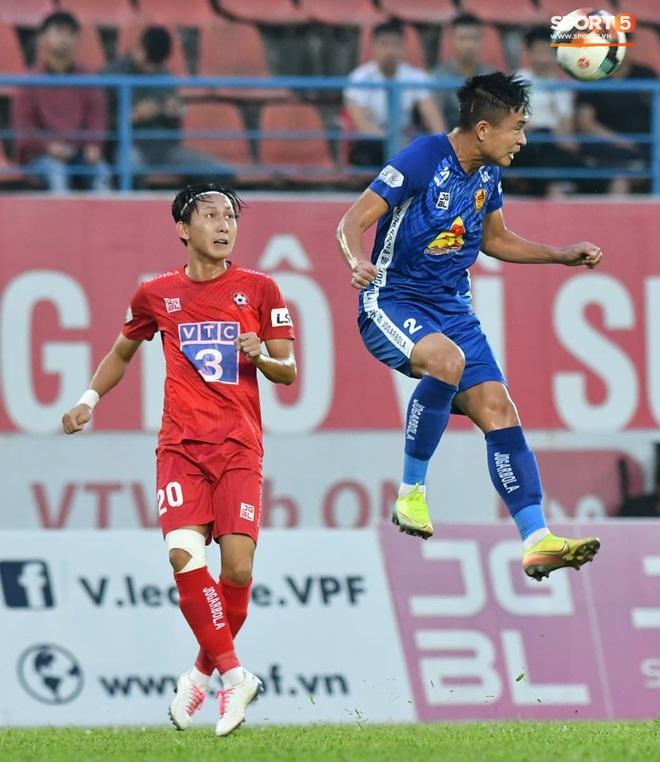 Cầu thủ Quảng Nam bật khóc, gục ngã khi phải rời giải đấu xịn nhất Việt Nam - ảnh 14