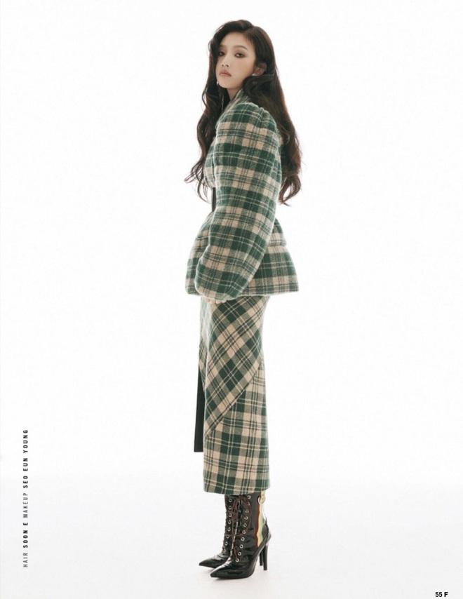 Ngôi vị nữ thần của Red Velvet có lẽ sắp đổi chủ sau khi Irene dính phốt, nhìn bộ ảnh của Joy là đủ hiểu! - ảnh 8