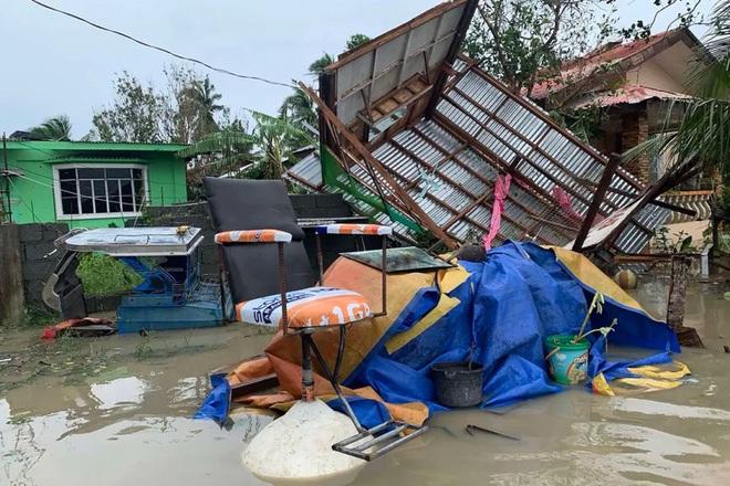 Philippines sơ tán khẩn hàng ngàn dân trướckhi siêu bão Goni đổ bộ - ảnh 1