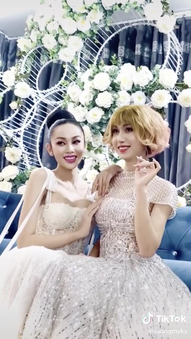 Thí sinh hot nhất Hoa hậu chuyển giới đọ sắc với Lynk Lee: Cùng diện đầm công chúa, ai xinh hơn? - ảnh 3