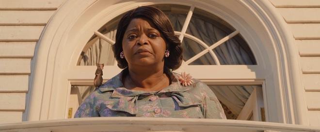 """Nhìn phù thuỷ """"chanh sả"""" Anne Hathaway hô biến con nít thành chuột nhí ở trailer The Witches mà vừa hài vừa sợ á! - Ảnh 2."""