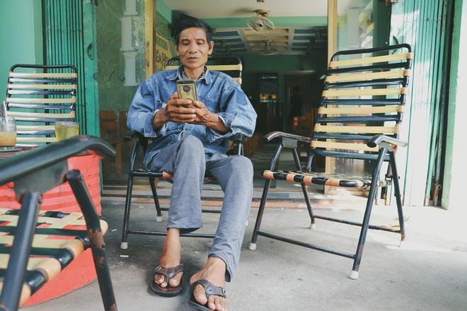 """Chú shipper bị liệt 2 chân ở Sài Gòn: """"Người ta tay chân lành lặn mới đi ship hàng ở xa được, còn chú thì..."""" - Ảnh 2."""