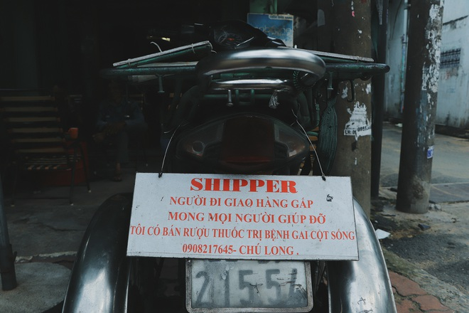 """Chú shipper bị liệt 2 chân ở Sài Gòn: """"Người ta tay chân lành lặn mới đi ship hàng ở xa được, còn chú thì..."""" - Ảnh 4."""