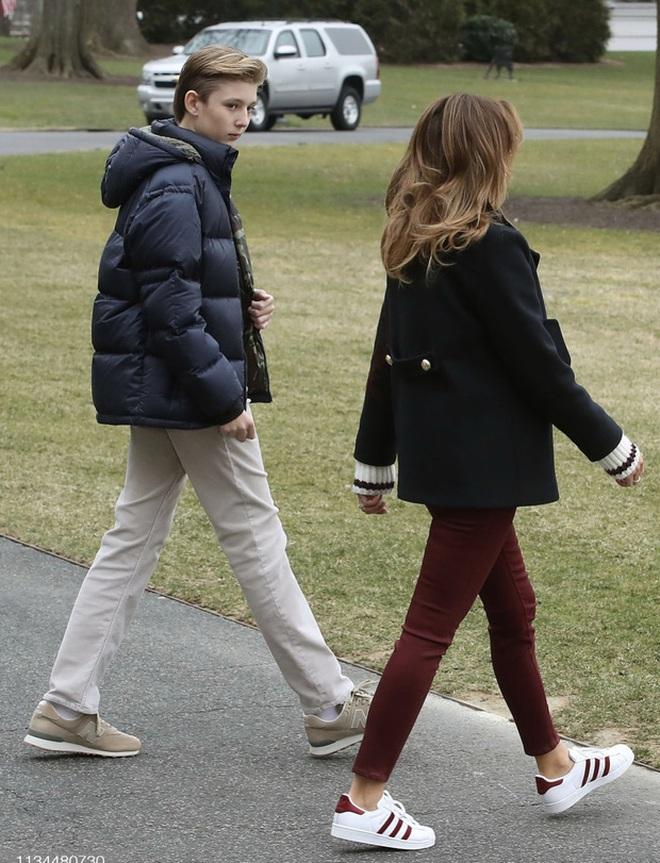 """Cả gia đình sắp phải rời Nhà Trắng, """"đệ nhất thiếu gia Mỹ"""" Barron Trump sẽ chuyển đến sống ở đâu và trải qua những thay đổi lớn thế nào? - Ảnh 1."""