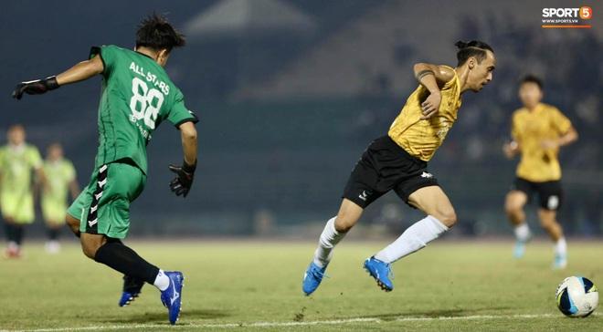 """Đóng vai thủ môn bất đắc dĩ, Hà Đức Chinh bị đội của Jack cho """"ăn hành"""" - Ảnh 4."""