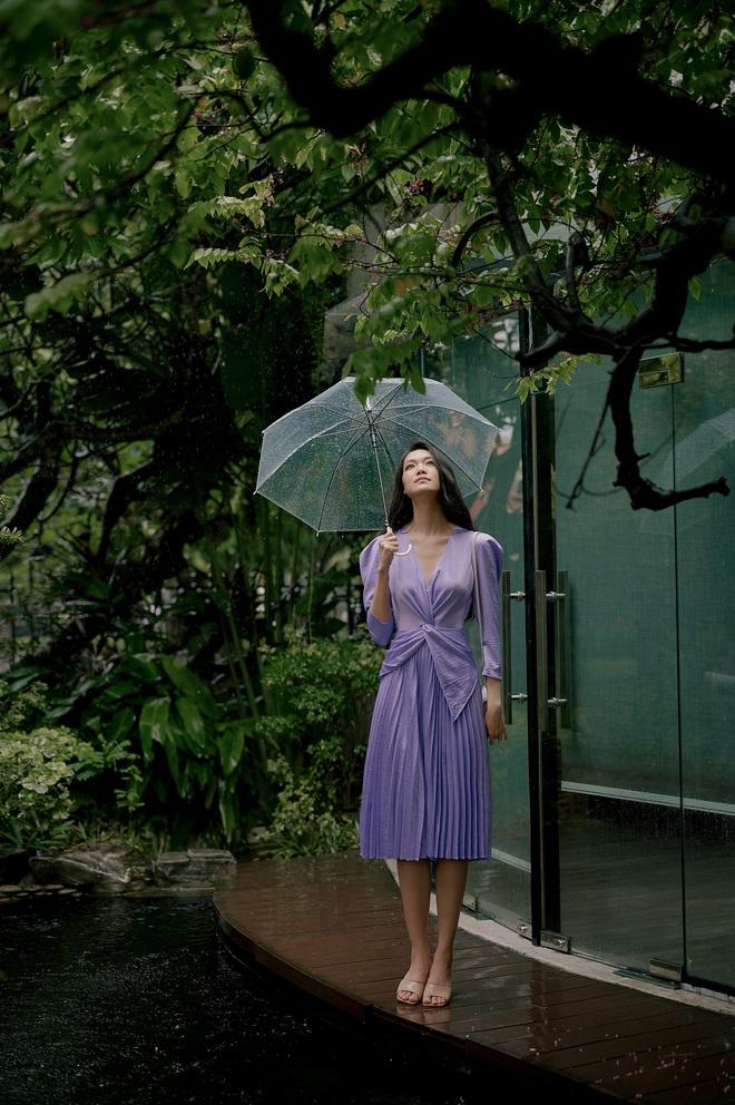 """Thuỳ Dung đẹp nức nở trong bộ ảnh tái xuất Vbiz sau nhiều năm """"mất tích"""": Chuẩn nàng thơ, thần thái không thể xem thường - Ảnh 8."""