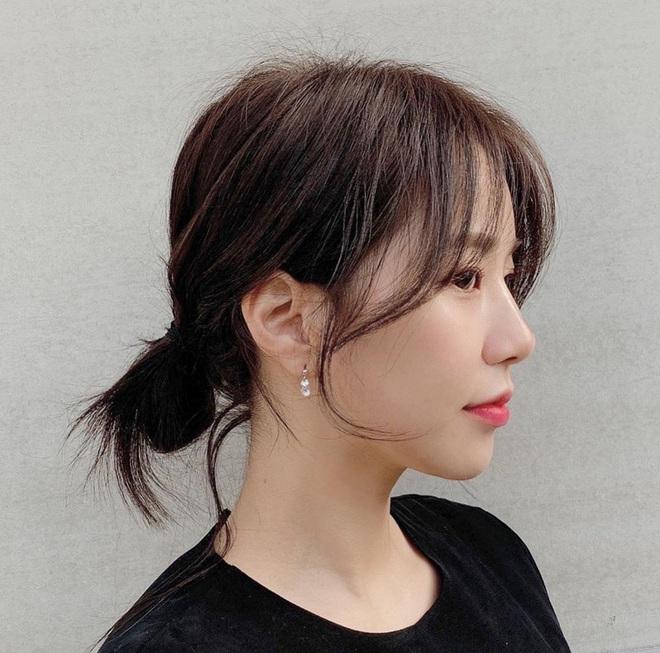 5 cách tạo kiểu tóc cơ bản nhưng lợi hại, sáng dậy có buộc vội vẫn đảm bảo xinh sang - Ảnh 2.