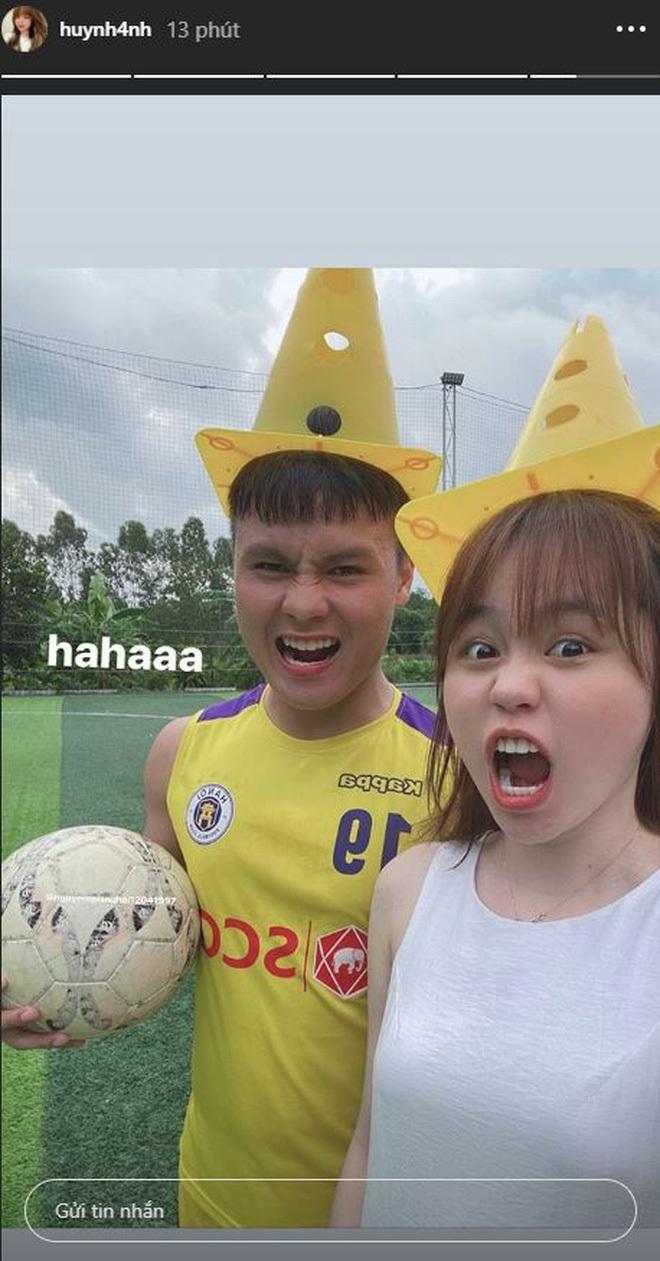 """Netizen không tin lời Huỳnh Anh vì dùng filter tự sướng với """"người lạ"""" cũng giống hệt khi ở bên Quang Hải - Ảnh 2."""