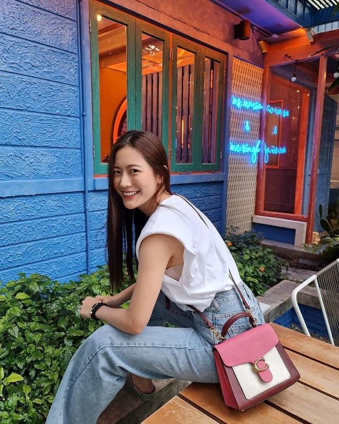Học style tóc của gái Hàn chán chê rồi, bạn hãy thử tham khảo 4 kiểu tóc đẹp mê của gái Thái - Ảnh 4.
