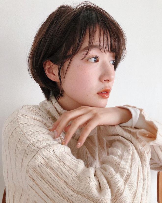 Phụ nữ Nhật luôn có chiêu để tóc mái giúp mặt nhỏ gọn hơn hẳn, bạn đã biết chưa? - Ảnh 2.