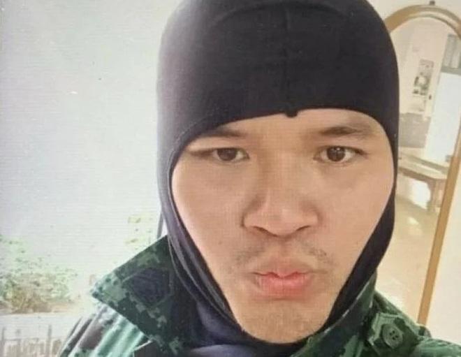 Nhân chứng sống sót kể lại đêm kinh hoàng khi mắc kẹt trong trung tâm thương mại với kẻ xả súng máu lạnh ở Thái Lan - Ảnh 1.