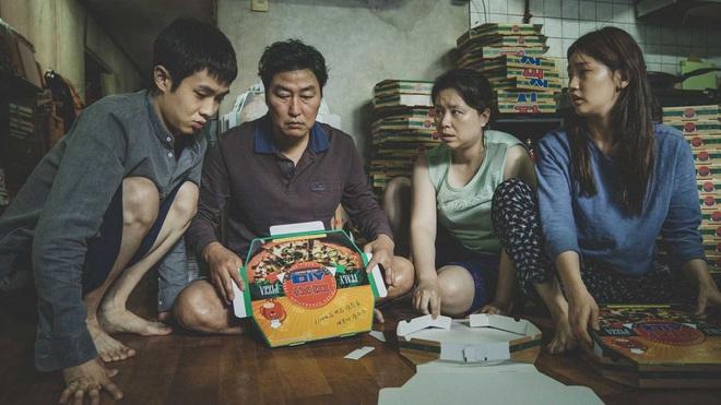 """Bong Joon Ho: """"Đằng sau vẻ hào nhoáng của Hàn Quốc là những người trẻ chìm trong tuyệt vọng"""" - Ảnh 3."""