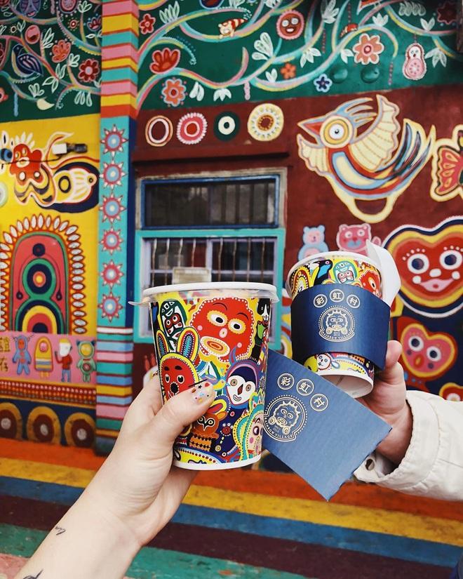 """Làng Cầu Vồng (Đài Loan): địa điểm du lịch cực """"đã mắt"""" với gam màu rực rỡ, chụp ảnh lên thì cứ gọi là ảo diệu - Ảnh 9."""