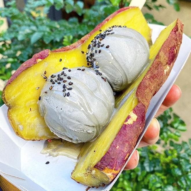 Món ăn gây hoang mang tại Nhật Bản vì không biết nên gọi tên sao cho đúng: là kem khoai lang hay khoai lang kẹp kem đây? - Ảnh 5.