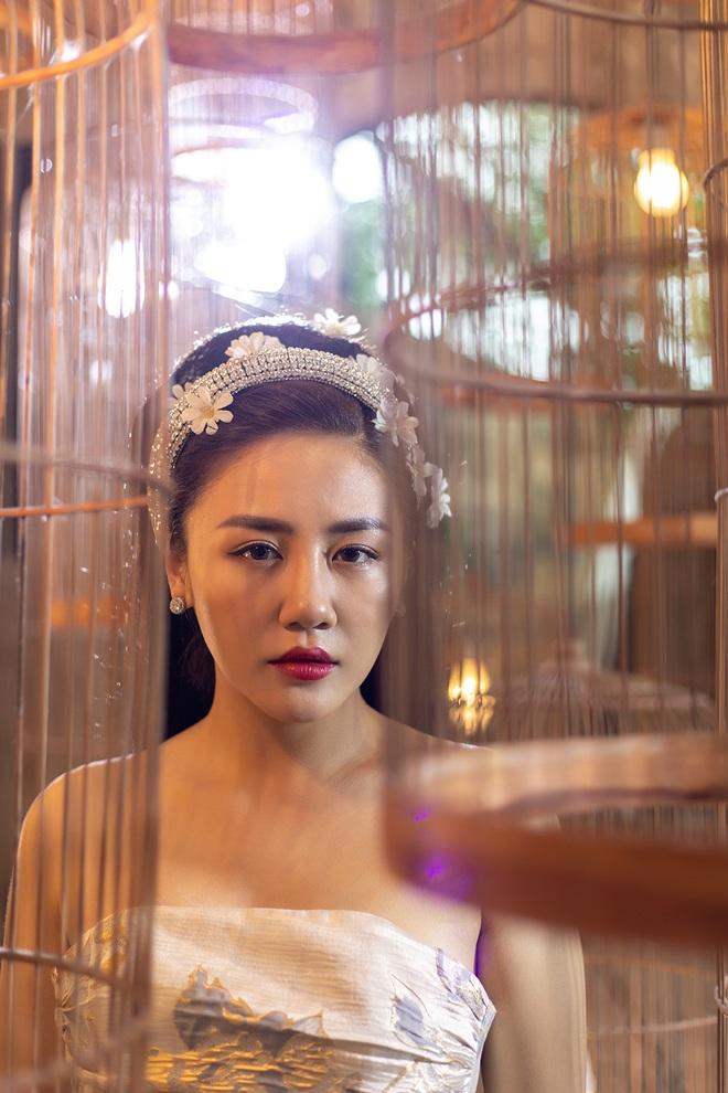 Ngày Valentine buồn của Văn Mai Hương và Thiều Bảo Trang: Chị view 4 nghìn, em view nửa nghìn, tất cả là tại ra MV sai thời điểm? - Ảnh 2.