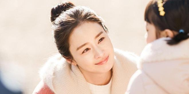 Không phải ông xã Bi Rain, Kim Tae Hee quyết định tặng món quà valentine siêu khủng cho những nhân vật đặc biệt này - Ảnh 1.