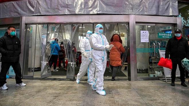Cập nhật virus corona: 142 trường hợp tử vong nhưng số ca nhiễm mới giảm 3 ngày liên tiếp, đã có hơn 9500 người đã khỏi bệnh  - Ảnh 1.