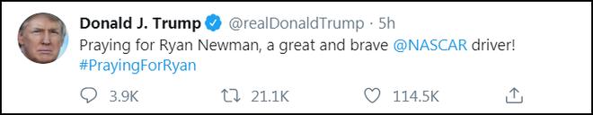Tai nạn kinh hoàng ở tốc độ 313 km/h khiến tay đua nguy kịch: Hành động thiếu tình người của đối thủ bị chỉ trích, Tổng thống Trump cũng phải đăng đàn cầu nguyện - Ảnh 3.