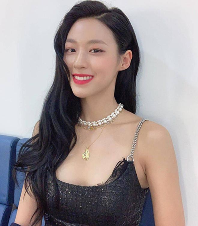 """Chi Pu và """"báu vật quốc dân xứ Hàn"""" Seolhyun hội ngộ: 1 khoảnh khắc đã làm netizen bấn loạn, nhan sắc đời thường quá đỉnh - Ảnh 3."""