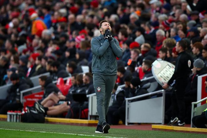 Nhờ pha bóng gây nhiều tranh cãi, Liverpool gia tăng cách biệt với đội nhì bảng lên 22 điểm: BTC nên trao luôn cúp Ngoại hạng cho thầy trò Klopp! - Ảnh 5.