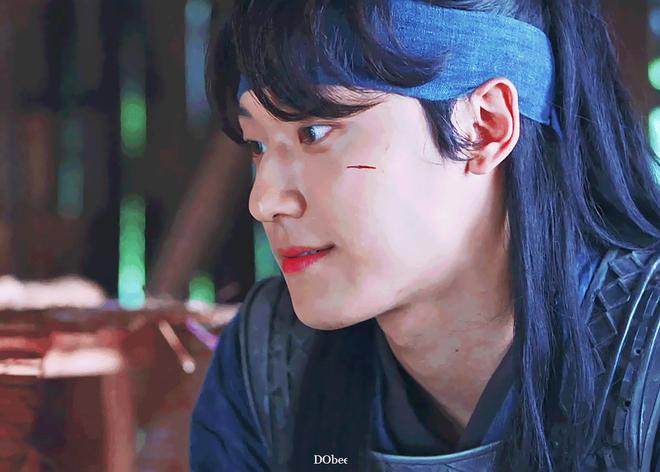 Vừa thoát kiếp nam phụ số khổ, trai 18 Lee Do Hyun gây sốc khi yêu đàn chị U40 trong phim mới? - Ảnh 2.
