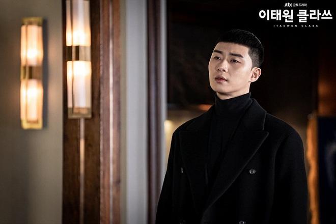 Christine Hà có lẽ nên xem Tầng Lớp Itaewon để tham khảo cách ông chủ Park Sae Ro Yi đối xử với thượng đế công bằng cỡ nào? - ảnh 2