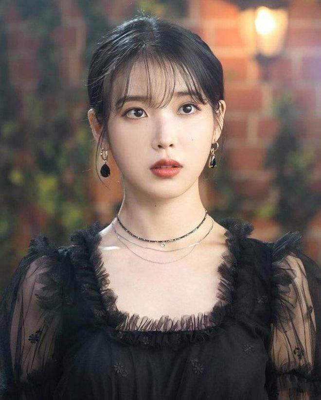 8 nàng búp bê sống của Kpop: Lisa siêu thực, mỹ nhân đẹp nhất thế giới Tzuyu có đọ lại dàn nữ thần đàn chị? - ảnh 12