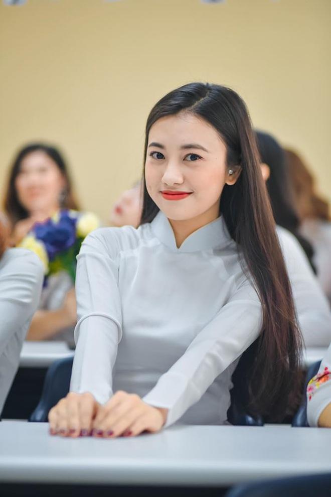 """Thoát vai """"chị ong vàng"""" từ lâu nhưng năm nào MC Thúy Quỳnh cũng được dân tình gọi tên: Ấn tượng khó phai quá đây mà - Ảnh 2."""