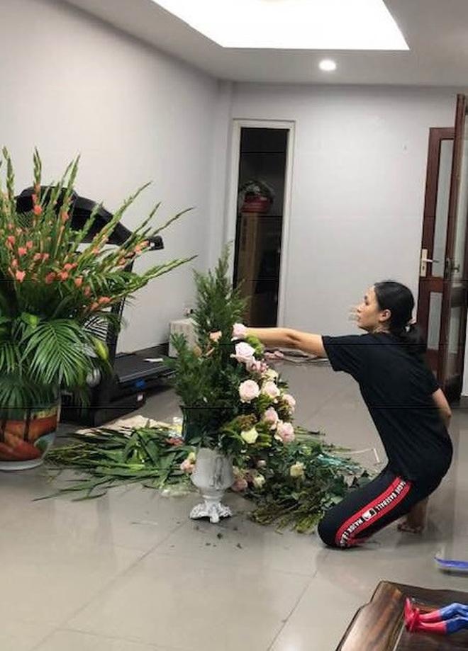 Dàn WAGS Việt là minh chứng điển hình cho kiểu con gái ở nhà xuề xoà sao cũng được, nhưng ra đường hay lên mạng thì buộc phải xinh - ảnh 9