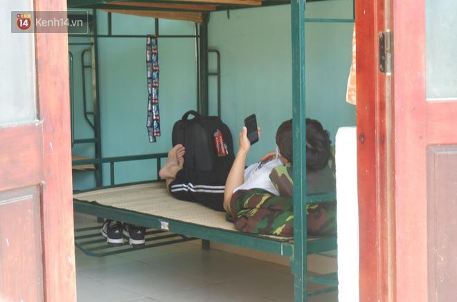 Cận cảnh bên trong khu cách ly người Việt từ tâm dịch virus Corona của Hàn Quốc về Đà Nẵng - ảnh 7