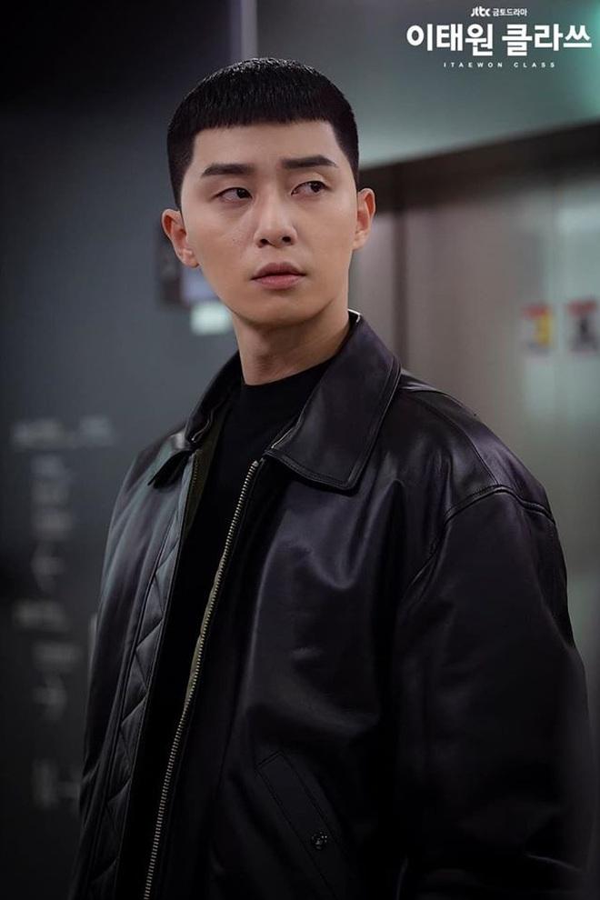 4 ngày cắt tóc 1 lần: Các giai đừng đu trend tóc Park Sae Ro Yi nữa vì chính chủ cũng đang khốn khổ vì nó đây này! - ảnh 4