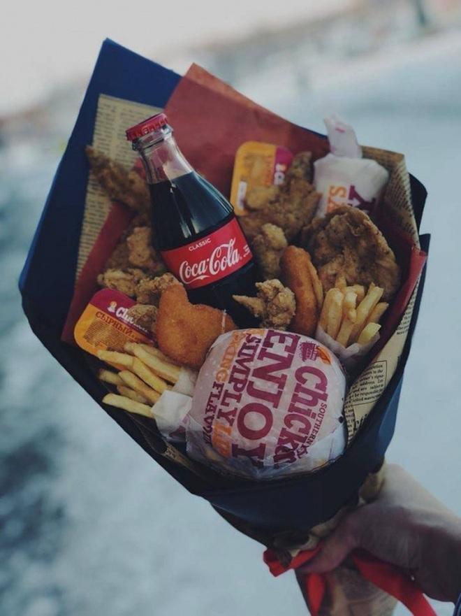 Nhìn những món quà Valentine độc lạ này mới hiểu vì sao người ta nói con đường ngắn nhất đến trái tim nhau là thông qua… bao tử! - Ảnh 3.