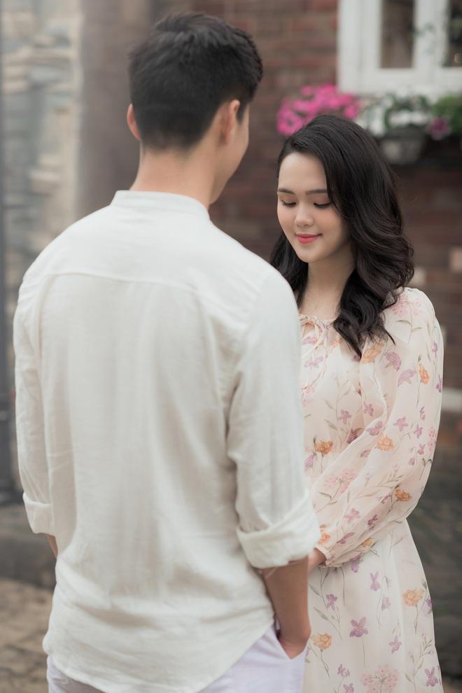 Thêm ảnh cưới cực ngọt của Duy Mạnh và Quỳnh Anh: Chú rể - cô dâu sánh đôi tựa như cuốn phim ngôn tình! - Ảnh 7.