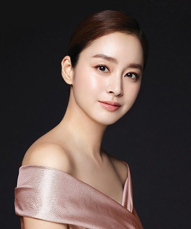 Mã gen của 10 diễn viên Hàn sau cần được bảo tồn khẩn cấp: Nhìn ảnh ấu thơ cưng muốn xỉu, lúc lớn cả Châu Á phát cuồng là đúng rồi! - Ảnh 13.
