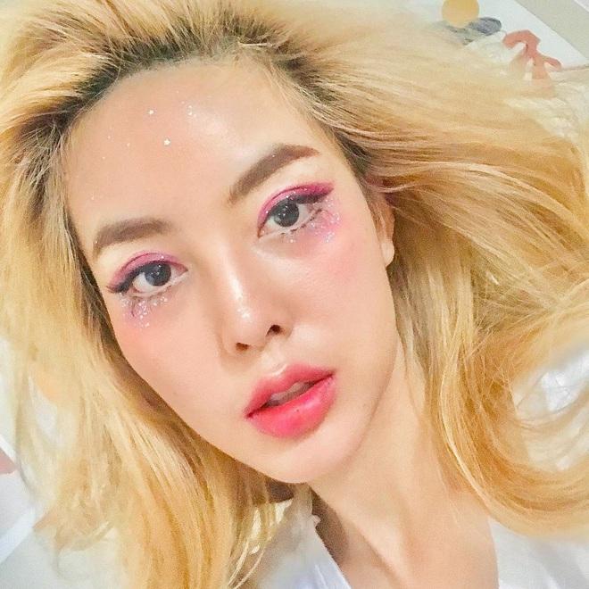 """5 trend makeup """"hot hit"""" nhất năm 2020 mà nàng nào cũng nên thuộc lòng để xinh - sang - xịn hơn năm ngoái - Ảnh 4."""