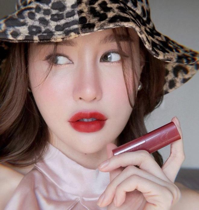 """5 trend makeup """"hot hit"""" nhất năm 2020 mà nàng nào cũng nên thuộc lòng để xinh - sang - xịn hơn năm ngoái - Ảnh 5."""