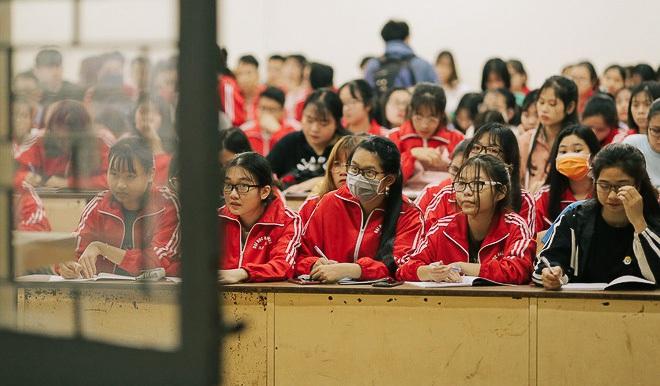 """""""Kỳ nghỉ Tết"""" dài nhất lịch sử của học sinh, sinh viên Việt Nam: Đây là lúc để chúng ta cùng thay đổi và tiến lên - ảnh 20"""