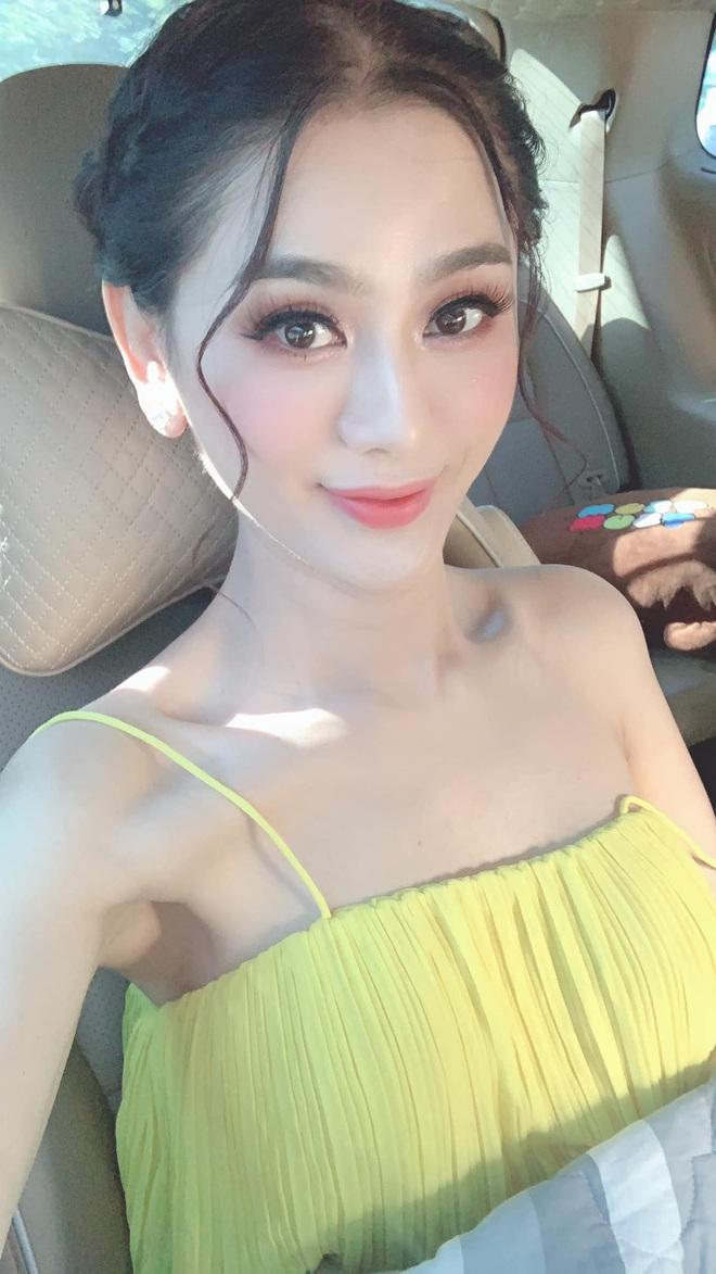 Mỹ nhân Vbiz khiến netizen hoảng hốt vì mặt sưng phồng: Lâm Anh thành bản sao Park Bom, Hiền Hồ bị nghi dao kéo - ảnh 9