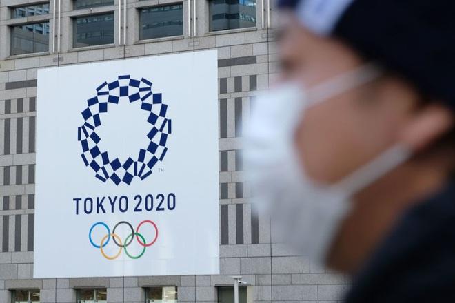 Olympic Tokyo bị hoãn: Thành trì cuối cùng của thể thao thế giới sụp đổ trước Covid-19 và lần hiếm hoi người Nhật bị chỉ trích - ảnh 2