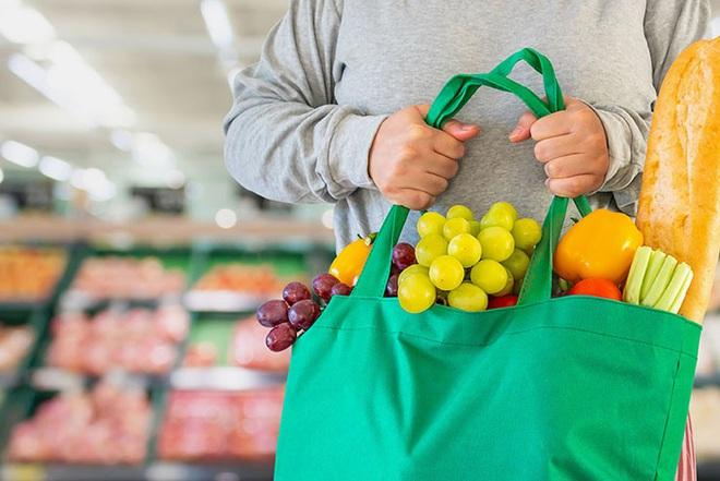 10 lưu ý giúp bạn tránh lây nhiễm Covid-19 khi phải đi mua sắm trong thời dịch - ảnh 4