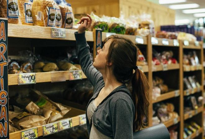 10 lưu ý giúp bạn tránh lây nhiễm Covid-19 khi phải đi mua sắm trong thời dịch - ảnh 5