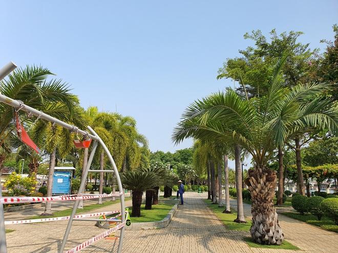 TP.HCM: Các khu tập thể dục, khu trò chơi thiếu nhi tại công viên chính thức ngưng hoạt động để phòng dịch Covid-19 - ảnh 7