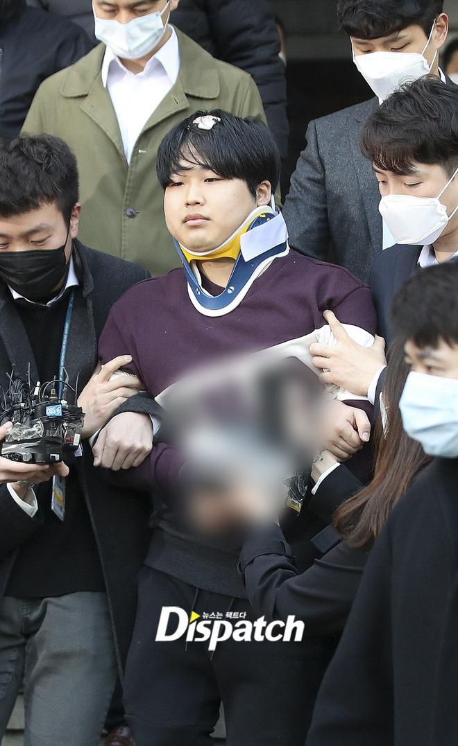 Bố diễn viên nhí 15 tuổi bật khóc van xin công chúng tha thứ vì con trai phát ngôn tranh cãi về Phòng chat thứ N - ảnh 1