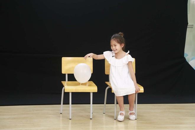 Biểu cảm đáng yêu của bé Đậu nhà Ba Duy - Nam Thương khi bị bắt quả tang trên show thực tế - ảnh 1