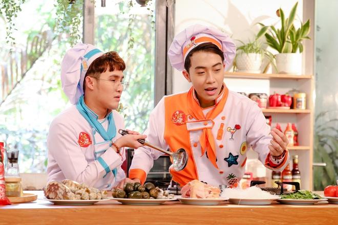 Tự cách ly vì Cô Vy, Duy Khánh vẫn được chồng yêu Cris Phan tiếp tế thức ăn tận cửa - ảnh 4