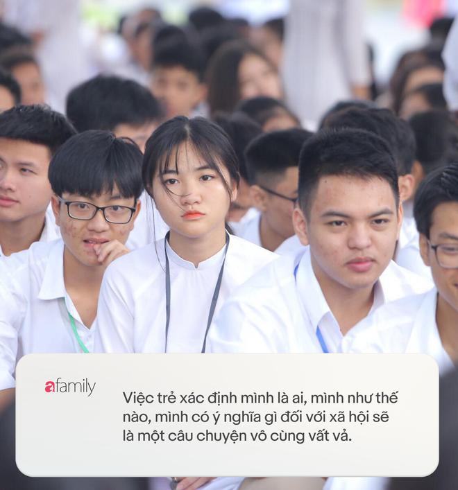 """Thạc sĩ tâm lý học Nguyễn Thị Chung: """"Xử lý"""" học trò quậy online mùa dịch, có cần mời công an vào cuộc? - ảnh 3"""