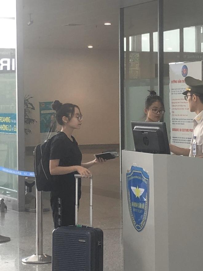 Bác sĩ BV Bạch Mai không để con gái về Việt Nam: Nhớ da diết nhưng phòng dịch tốt nhất bây giờ là ngồi yên một chỗ! - ảnh 3