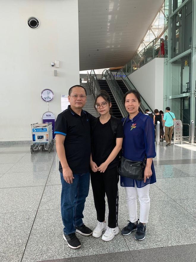 Bác sĩ BV Bạch Mai không để con gái về Việt Nam: Nhớ da diết nhưng phòng dịch tốt nhất bây giờ là ngồi yên một chỗ! - ảnh 1